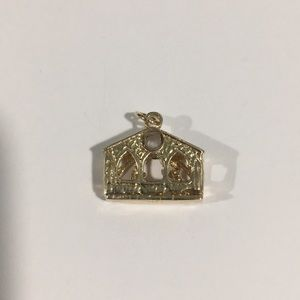14k Yellow Gold Christmas 🎄 Prayer House 🏡Charm